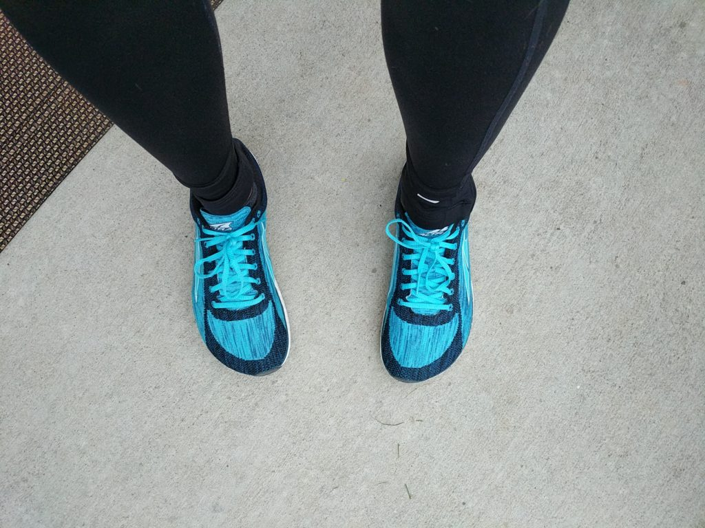 altra zero drop running shoes in the color blue