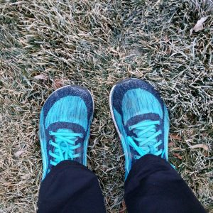 altra running shoes in the color blue